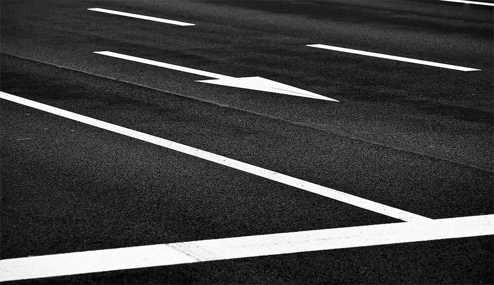 What do different road markings mean?